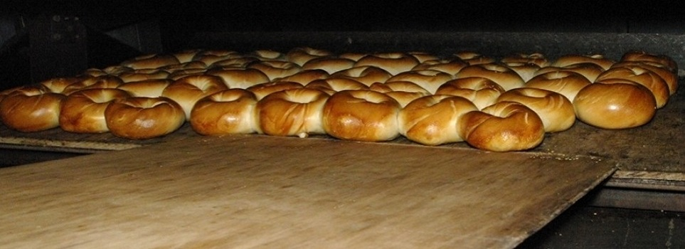 Hand-Rolled, Kettle-Boiled Bagels